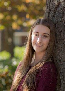 Featured senior Jessica Barnes